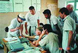 Operators receiving instructions at Dustlik Headworks.