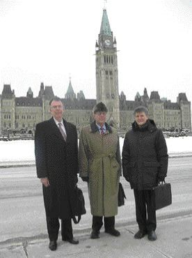 ACEC delegation on Hill: Mr. Peter Boyd, P. Eng., President of Delcan; Pierre-Andr Dugas, ing., Vice-President, transport of Gnivar and ACEC President, Mr. Claude Paul Boivin.
