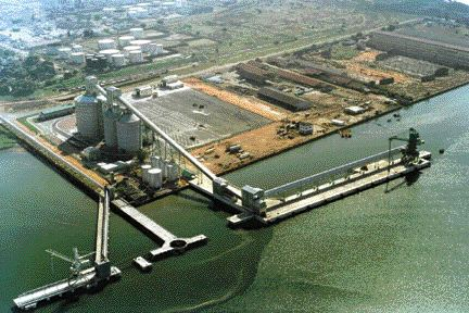 New shipping berths were just part of the massive new infrastructure that had to be provided in the under-developed country. The entire site coves 140 hectares and, besides the smelter operations, it has new roads, worker villages, power generation and a sewage treatment plant.