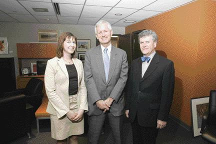 Minister Godfrey (centre) with Claude Paul Boivin, ACEC President (right), and Laura Payton, Manager, Government Relations (left), after the interview.