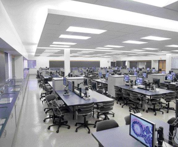 Multi-purpose laboratory with computers.