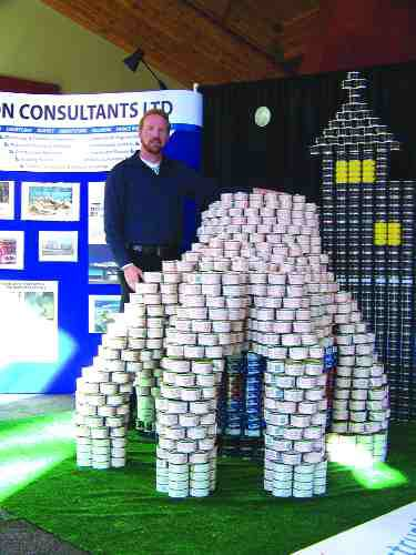 Tench with the sculpture, built with cans of salmon, ham, tuna, water chestnuts and tomato juice.