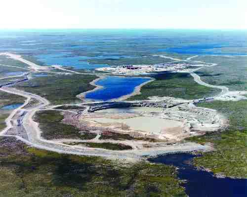 Ekati Diamond Mine, 300 kilometres north of Yellowknife, NWT.
