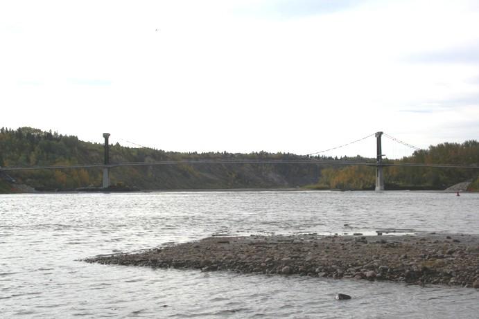 Fort Edmonton Bridge under construction. Photograph by Nordahl Flakstad.