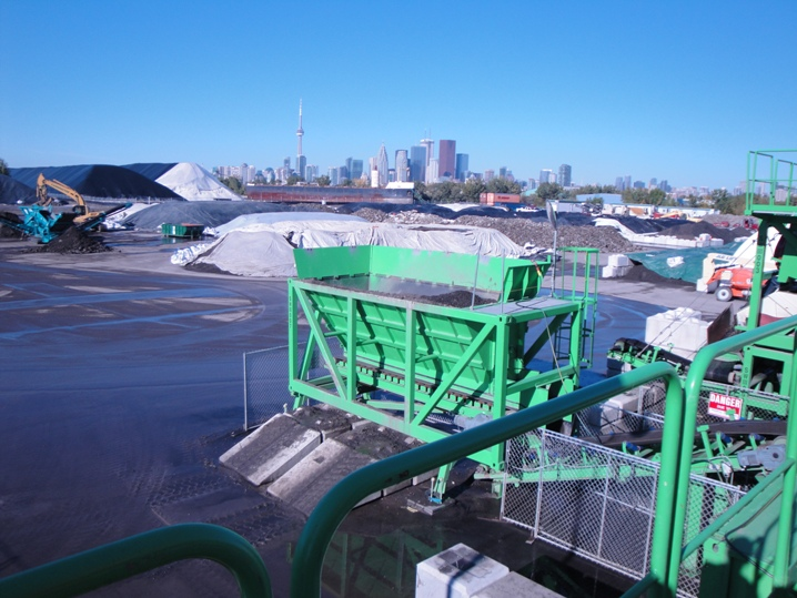 Pilot soil recycling plant in Port Lands, Toronto. Photo CCE.