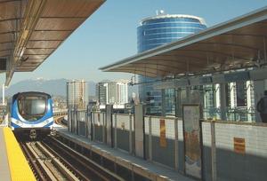 Train entering Aberdeen Station in Richmond.