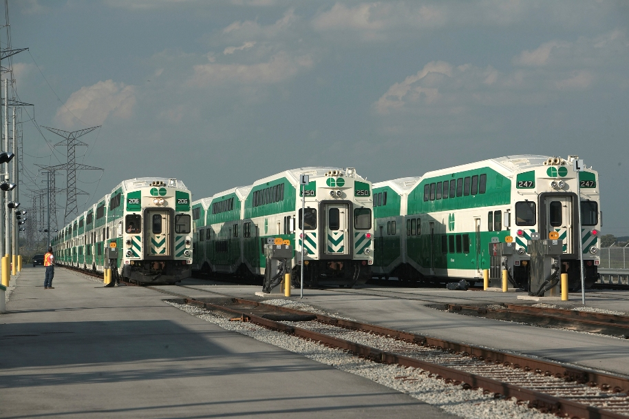A seven year project to expand the GO Transit network in the Greater Toronto Area won the top 2011 Consulting Engineers of Ontario award for the AGM Program Managers consortium.