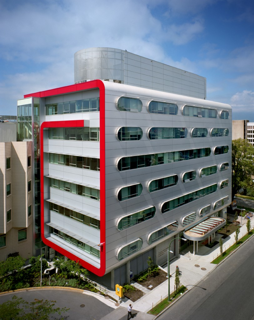 Robert Ho Research Centre, Vancouver.  Photo courtesy CEI Architecture, MCMP Architects, Howard Waisman (photographer).