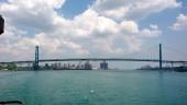 Ambassador Bridge between Windsor, Ontario and Detroit, Michigan.  Photo US EPA.