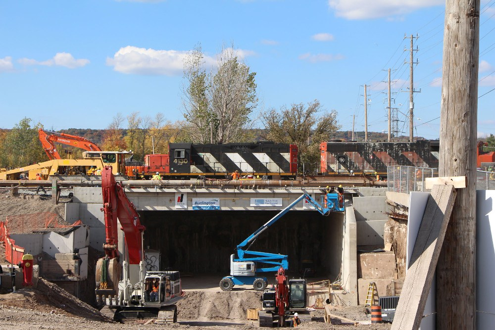 The King Road underpass in place under the railway lines. (CNW Group/CNW Broadcast Services)