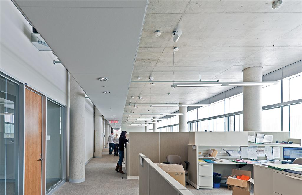 CANMET Materials Technology Laboratory, Hamilton, winner in the institutional buildings category of the Ontario Concrete Awards.