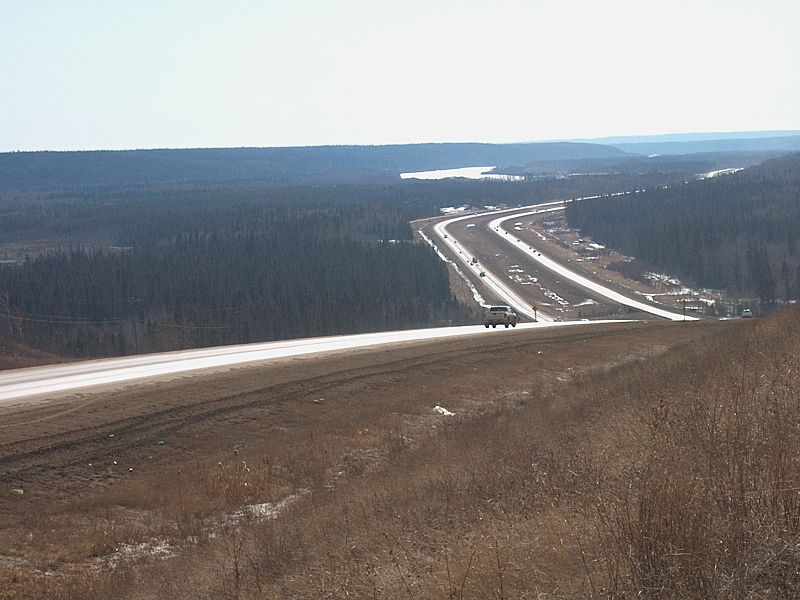Highway 63 north of Fort McMurray. Photo by J. Hazard, Wikipedia Commons.