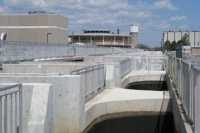 Clarifiers at Woodward Avenue Wastewater Treatment Plant, Hamilton. Photo courtesy Hamilton Water Public Works, City of Hamilton.