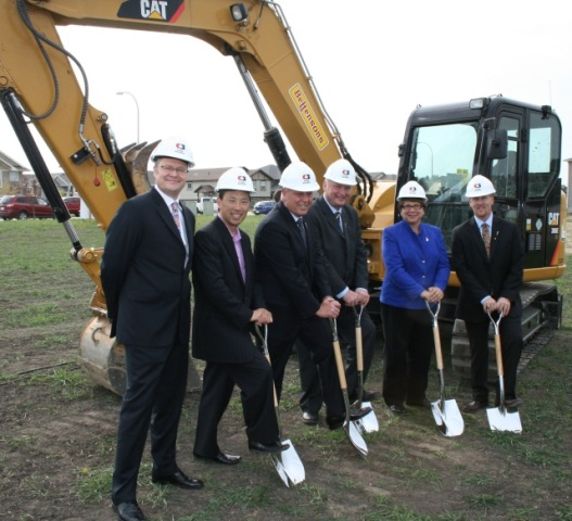 P3 partners and government officials, including (fourth from left) Hon. Wayne Drysdale, Alberta Minister of Infrastructure, at an official ground breaking for a new school in Red Deer, Alberta.  Photograph: Alberta Infrastructure.