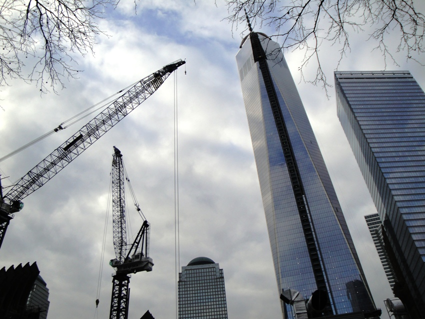 The Freedom Tower nearing completion at the World Trade Center site in New York City in January. A tour of the site and adjacent 9/11 Memorial was one of the general tours at the ASHRAE 2014 Winter Conference on January 20. Photo: BP/CCE