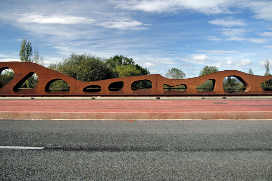 The Abetxucobridge over the Zadorra River in Vitoria, Spain,  was designed as a deliberate diversion from the traditional straight forms to stimulate the imagination of passers-by.  Engineering design: Juan Sobrino (EoR), Javier Jordan and Juan V. Tirado. PHoto: Ricardo Ferraz