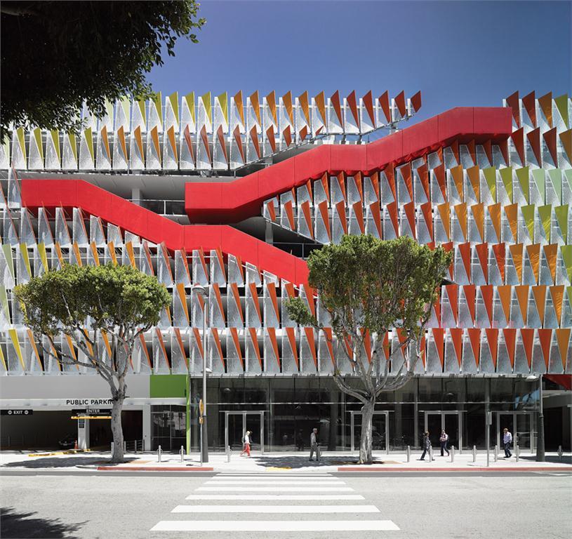 Parking Structure #6, City of Santa Monica, California by Behnish Architekten.  Photo by David Matthiessen.