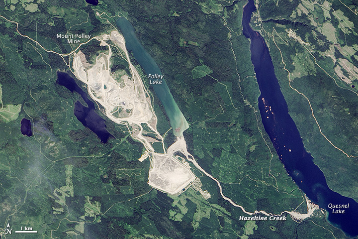 Mount Polley Mine site on August 15, 2014, after the dam breach on August 4, 2014.  Source: Visible Earth, NASA/Jesse Allen/Wikipedia Commons