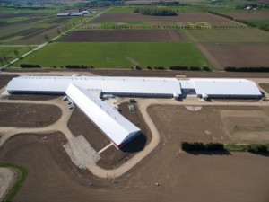 Livestock Research and Innovation Centre Dairy Facility, Elora, Ontario.  The facility opened in June 2015. Photo: OMAFRA.