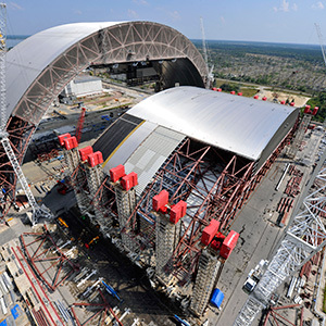 Containment structure being built at Chernobyl. Image: Novarka.