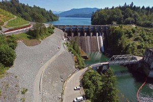 Ruskin Dam, Right Abutment Seepage Control Upgrade, Mission, B.C. Photo: Golder Associates.