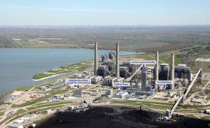 Petra Nova W.A. Parish plant southwest of Houston, Texas, with carbon capture facility. (Photo: Business Wire)