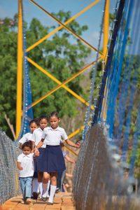 Rio Abajo Footbridge, Nicaragua. Image:  COWI/Kiewit.