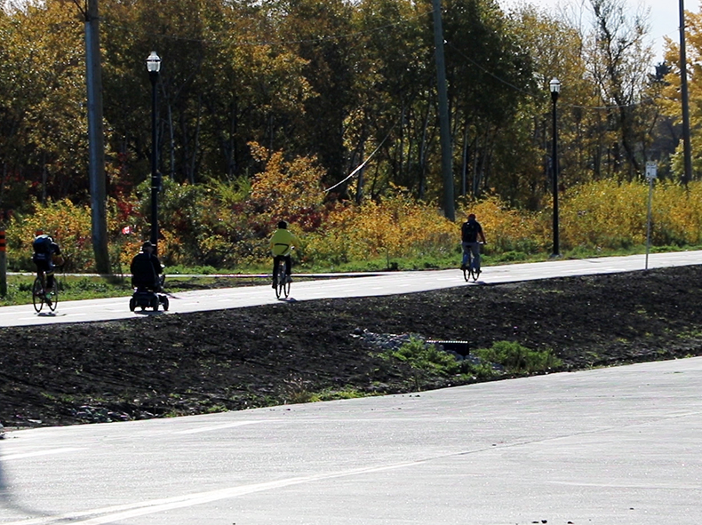 Southwest Transitway active transportation path