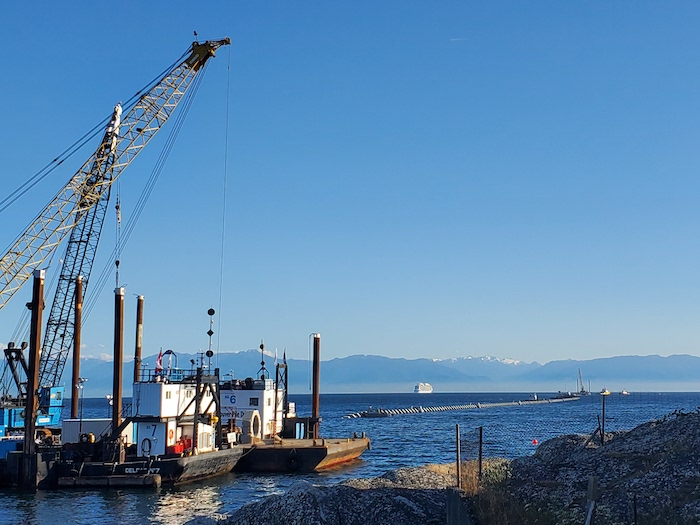 McLoughlin Point WWTP HDPE Outfall: float and sink
