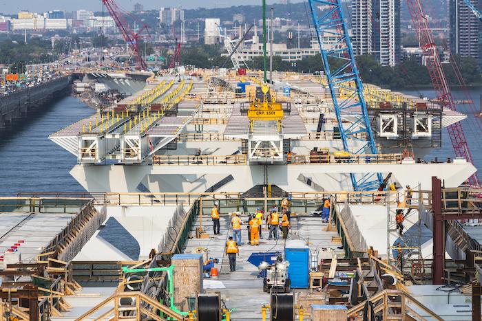 Samuel De Champlain Bridge construction - temporary jetty 2