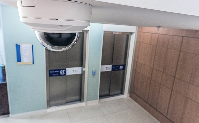bp_hospital_m30_elevators_horiz_1712_lo