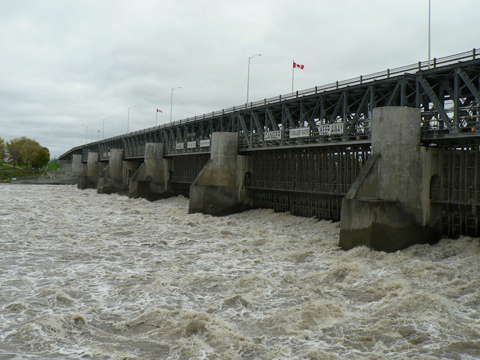 St. Andrews Lock and Dam – side